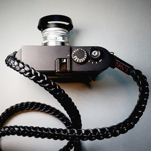 Barton1972 Leather Neck Strap Braided XL - Pitch BlackLEICA, 라이카